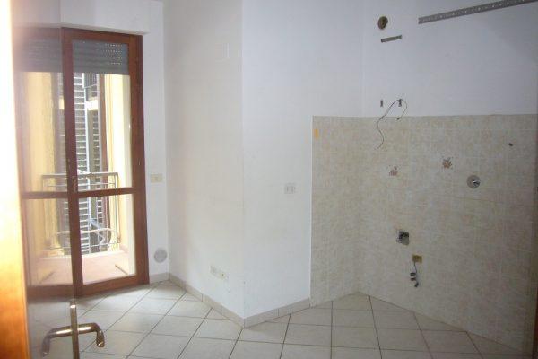 REGGELLO affitto 4 vani con garage
